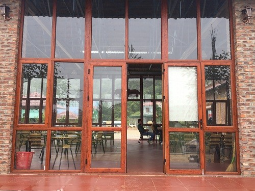Ưu điểm của cửa nhôm kính vân gỗ