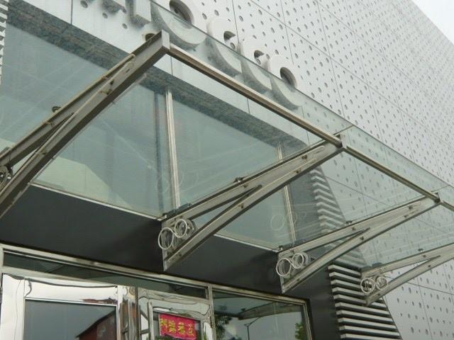 Các ứng dụng của mái kính cường lực