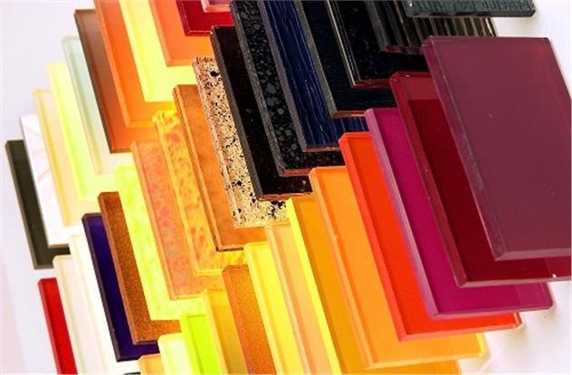 Ứng dụng của kính màu cường lực