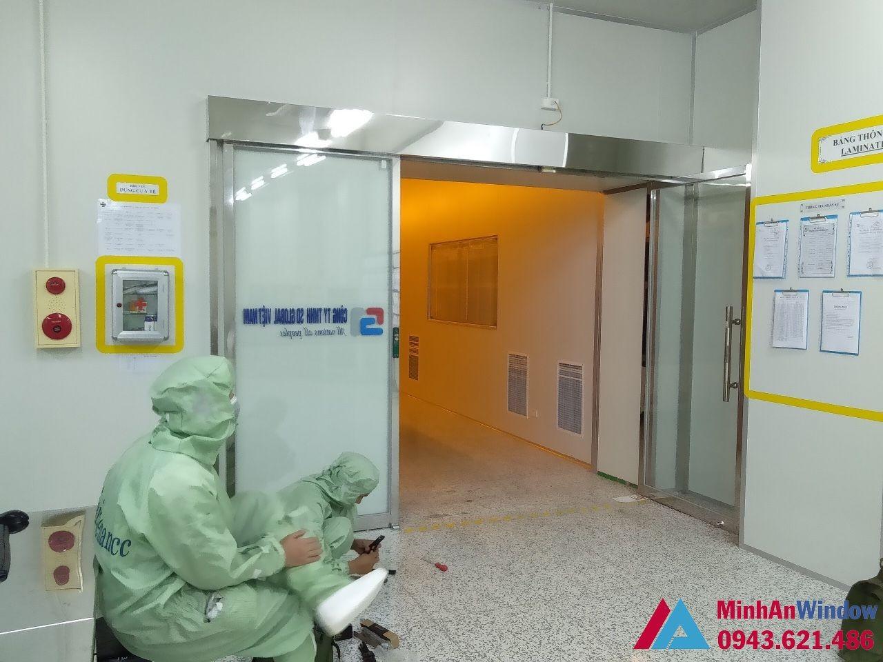cửa tự động phòng sạch kính và khung inox