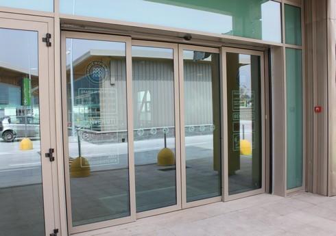 Cửa kính tự động đóng mở hãng Teraoka